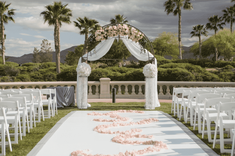 Wedding aisle and arch at the Siena Golf Club in Las Vegas.
