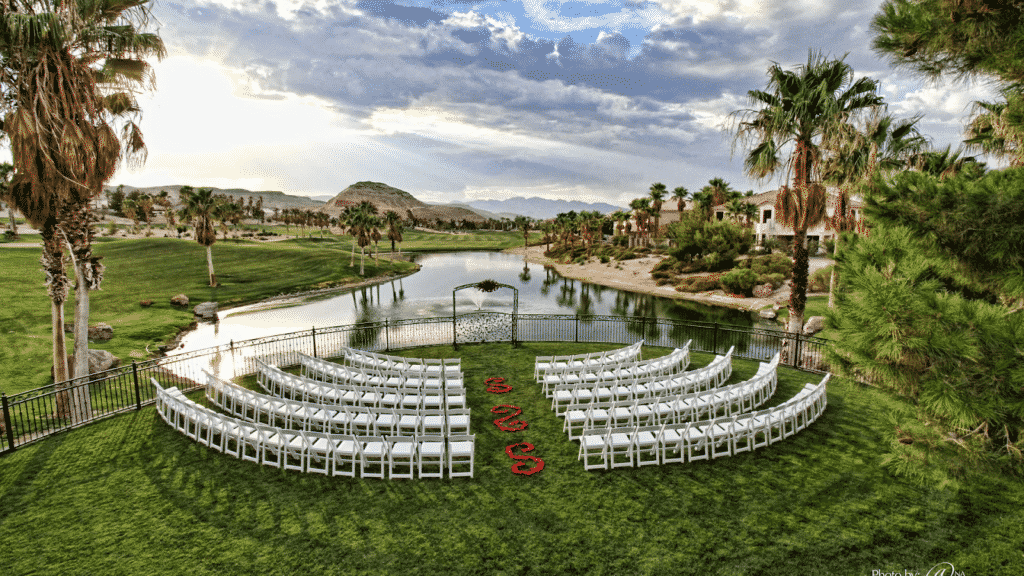 The lakeside wedding ceremony area at the Rhodes Ranch Golf Club in Las Vegas.